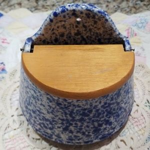 Country Life blue slatterware SALT BOX WOOD LID